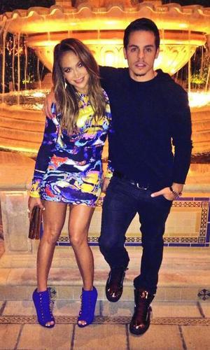 Jennifer Lopez and Casper Smart enjoy a night out (26 September)