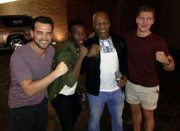 Ricky Rayment meets Mike Tyson in Las Vegas, 26 September 2013