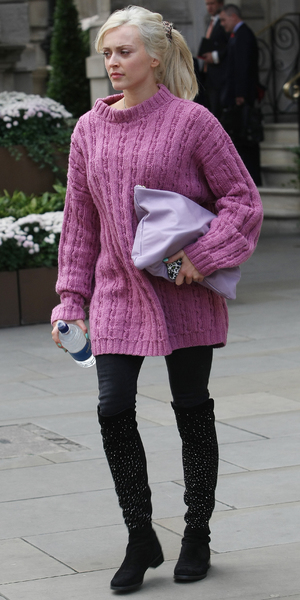 Fearne Cotton leaving Radio 1 studio in London - 9 October 2013