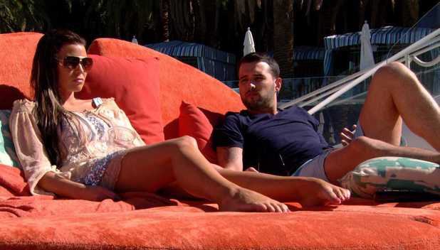 Jessica Wright and Ricky Rayment chat in Las Vegas - 9 October 2013