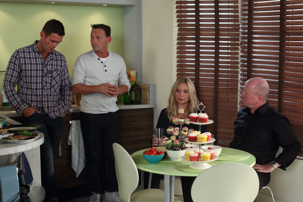 EastEnders, Ronnie's flat-warming party, Mon 14 Oct