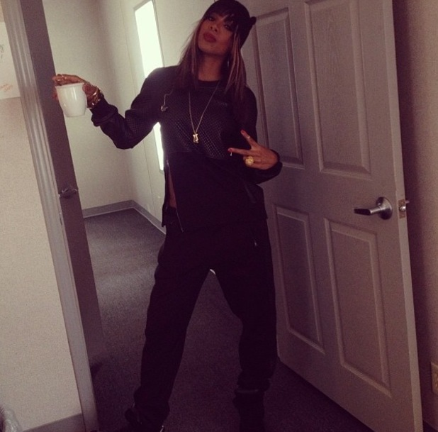 Kelly Rowland wearing leather tomboy outfit - 7.10.2013