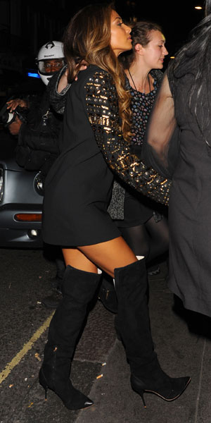 Nicole Scherzinger out in London, 9 October 2013