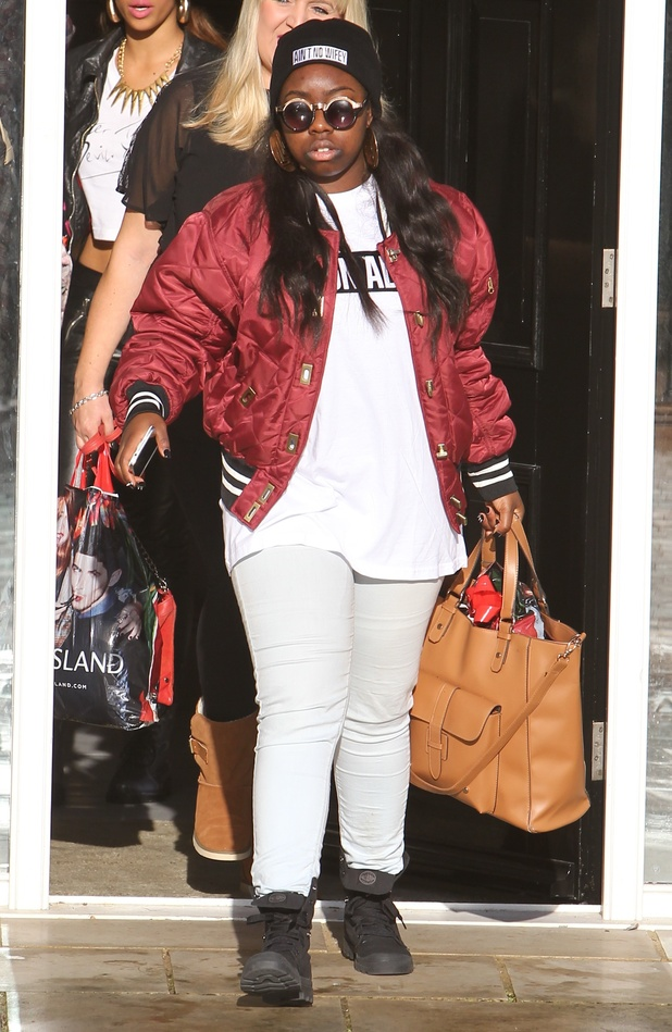 Tamera Foster heading to X Factor rehearsals - 17.10.2013