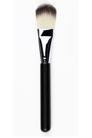 Crown Brush UK foundation brush