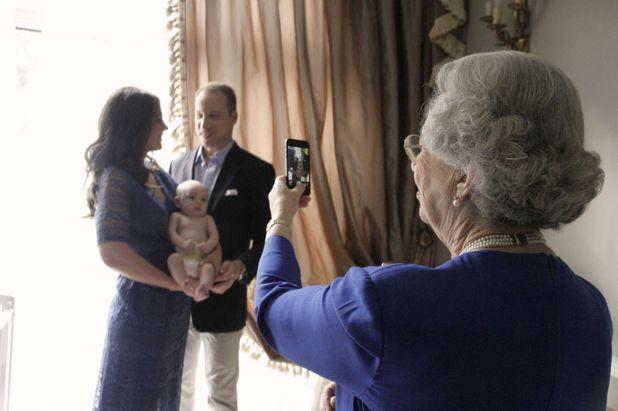 Royal lookalikes - 2013 Catherine Duchess of Cambridge, Queen Elizabeth II and Prince William lookalikes with baby 2013