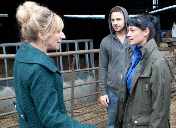 Emmerdale, Laurel's upset when she finds out Ross is Moira's nephew, Mon 28 Oct
