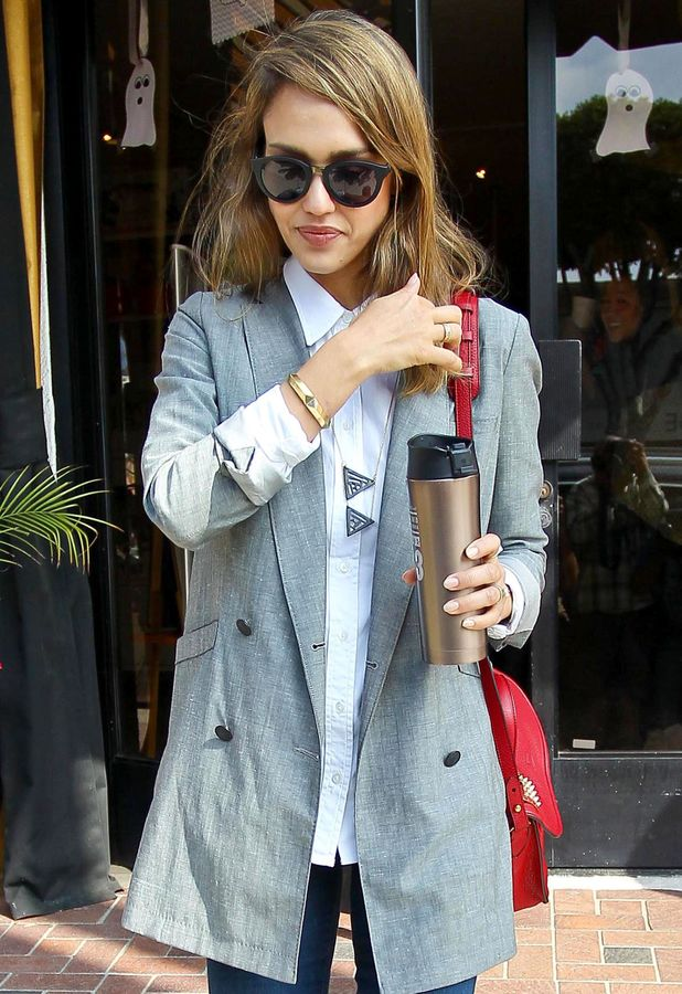 Jessica Alba out and about in Los Angeles, America - 24 Oct 2013