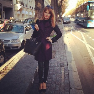 Millie Mackintosh (now Manderson) and Rosie Fortescue take a trip to Paris together - 30.10.2013