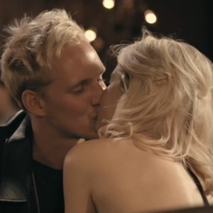 Made In Chelsea (Monday 28th September) Jamie Laing and Pheobe-Lettice Thompson kiss during a date.