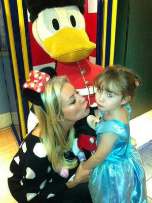 Denise Van Outen takes daughter Betsy to a Disney party, Twitter pic, 6.11.13