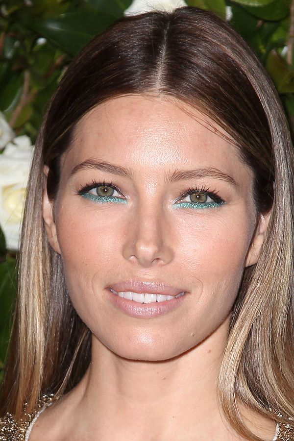 Jessica Biel wearing metallic green eyeliner at the MOMA annual film benefit - New York, 5th November 2013