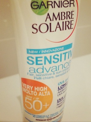 Laura Whitmore instagrams a picture of sunblock before jetting to Australia, Nov 13.