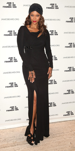 Tyra Banks attends The James Beard Foundation's Women In Whites Gala at the Four Seasons restaurant, 15 November 2013