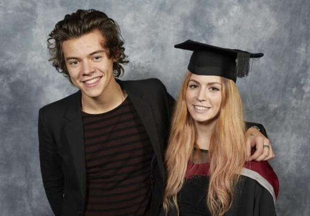 Harry Styles attends his sister's graduation at Sheffield Hallam University. (13 November)