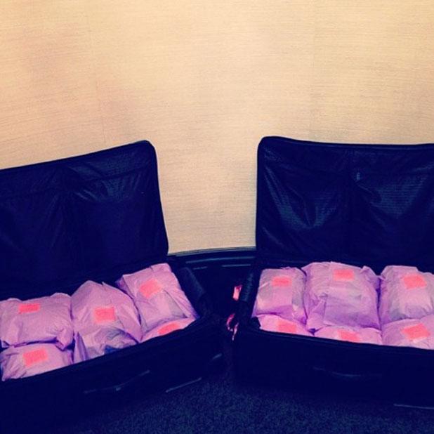 Khloe Kardashian packs her luggage for London trip, tweeted by Khloe on 12 November 2013