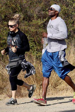 Fergie Duhamel hiking at the Mandeville Canyon Park, LA - 17.11.2013