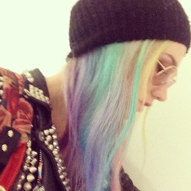 Ke$ha Instagram picture of her rainbow hair, 19.11.13