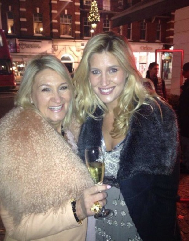 Cheska Hull posts a picture of her mum to wish her a happy birthday on Twitter, Nov 13.