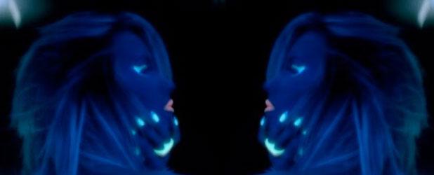 Demi Lovato teases new music video for Neon Lights, November 2013