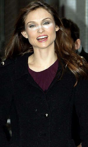 Sophie Ellis Bextor suffers concealer mishap outside ITV studios on 18 November 2013