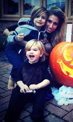 Stacey Solomon with children Zachary and Leighton