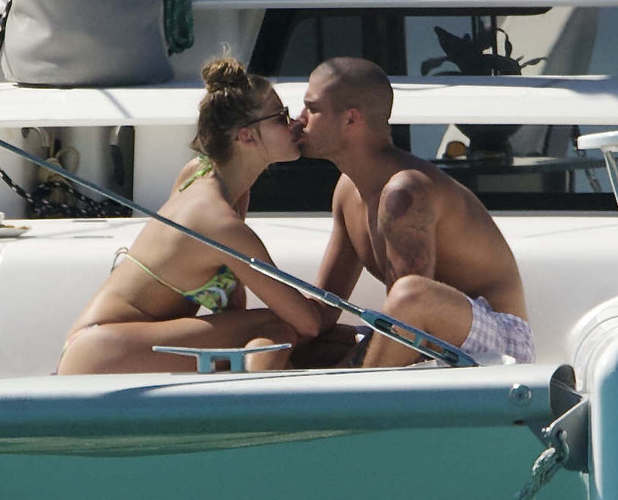 Max George and Nina Agdal spend quality time together in Barbados, 29 Nov 2013