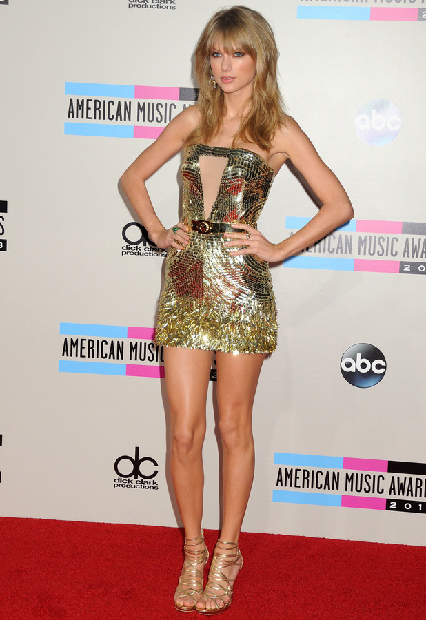 Taylor Swift at the 2013 American Music Awards in Los Angeles - 24 November 2013