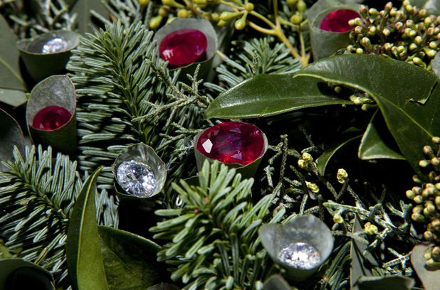 World's most expensive Christmas wreath studded with precious jewels goes on sale for £3million - 04 Dec 2013 Christmas Wreath by Flor Unikon with Diamonds & Rubies by 77 Diamonds 4 Dec 2013