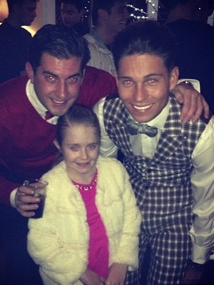 Joey Essex, James 'Arg' Argent and Chloe Sims' daughter Madison at Joey's welcome home party. 12 December.