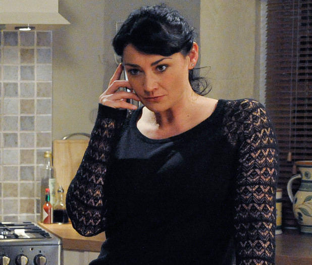 Emmerdale, Moira calls Cain, Fri 13 Dec