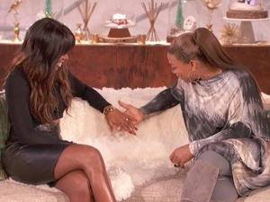 Kelly Rowland confirms engagement on The Queen Latifah Show. (17 December 2013)