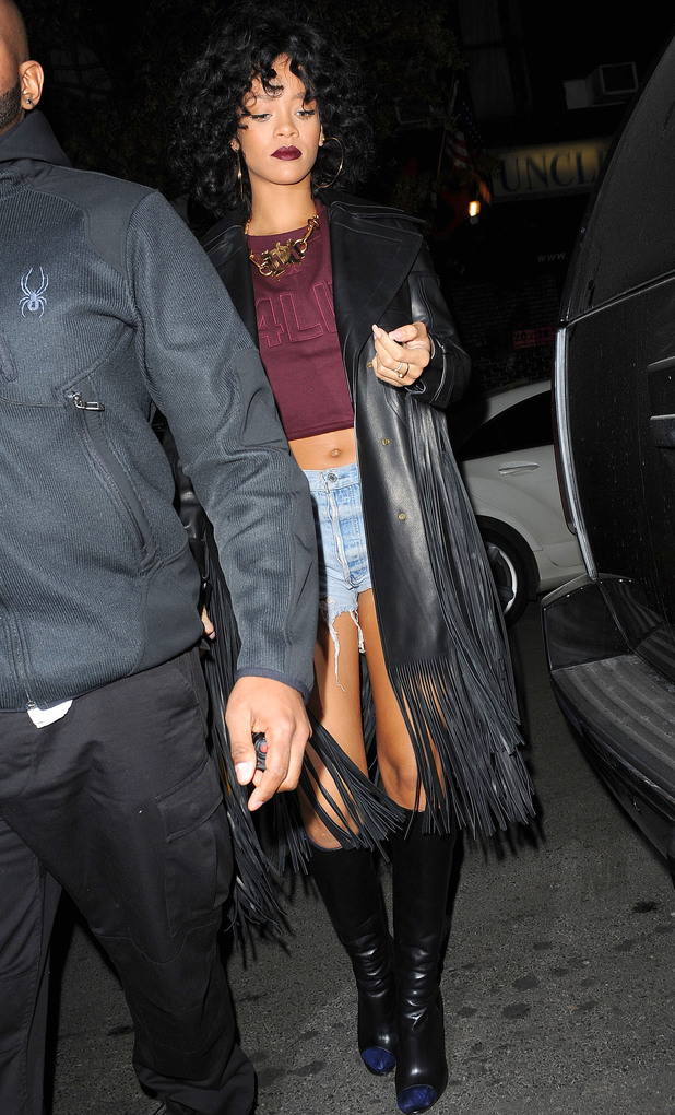 Rihanna Out and About in New York, America - 19 Dec 2013