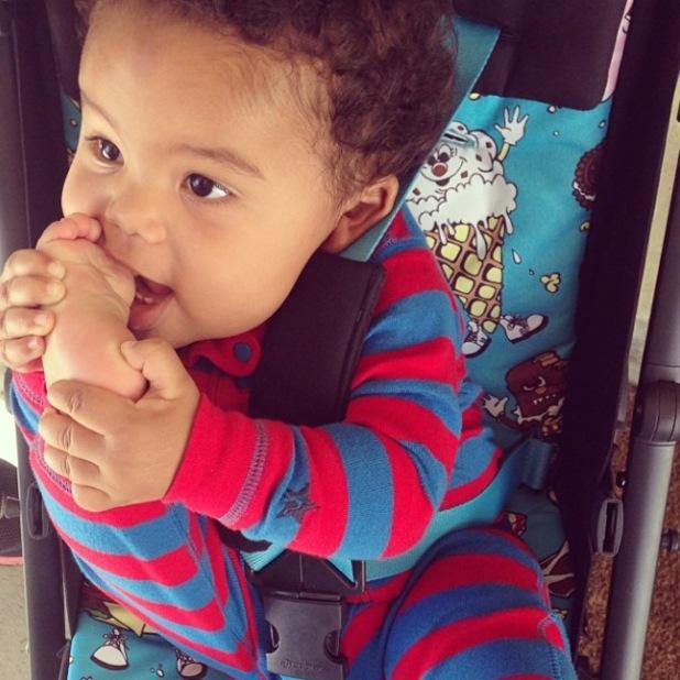 "Amber Rose reveals photo of her son Sebastian ""Bash"" Taylor - December 2013"