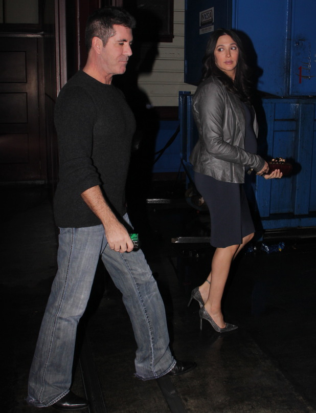 Simon Cowell seen arriving at Mixology with his heavily pregnant girlfriend Lauren Silverman - 19.12.2013