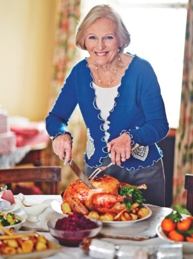 mary berry 39 s turkey recipe christmas recipes reveal