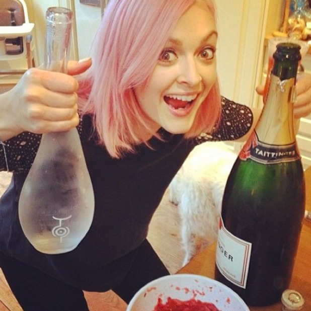 Fearne Cotton shares picture of her Christmas Day cocktail making, December 25 2013