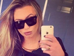 Lauren Goodger takes a selfie in America, 29.12.14