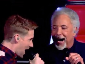 The Voice UK coaches Tom Jones and Ricky Wilson in group performance of 'I Predict A Riot'. (10 January 2014).