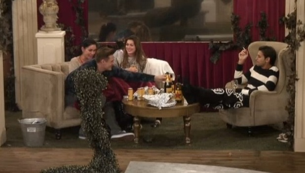Celebrity Big Brother contestants discuss same sex liaisons - 9 January 2014