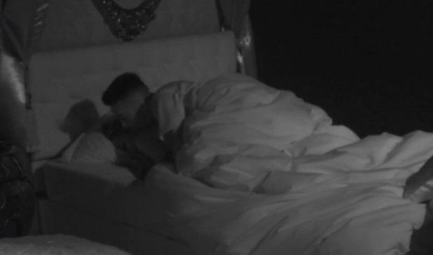 'Celebrity Big Brother' TV show, Elstree Studios, Hertfordshire, Britain - 05 Jan 2014 Dappy gets intimate with Jasmine Waltz in bed.