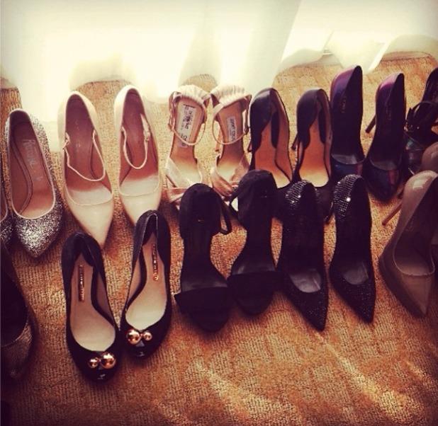 Kelly Osbourne Golden Globes preparation, shoes, heels, 12 January 2014