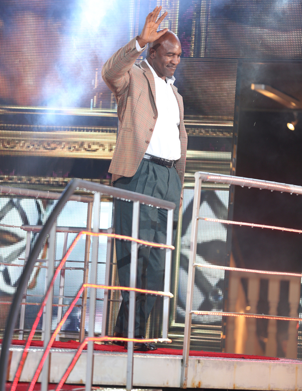 Evander Holyfield is evicted from CBB, 10 January 2014