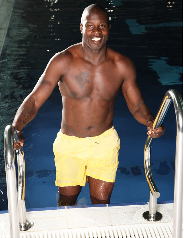 Martin Offiah on the second heat of Splash, publicity picture 2014