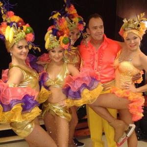'Dancing on Ice' TV show, Elstree Studios, Hertfordshire, Britain - 12 Jan 2014 Todd Carty and Alexandra Schauman with dancers. Posted to Twitter on 13 Jan 2014.
