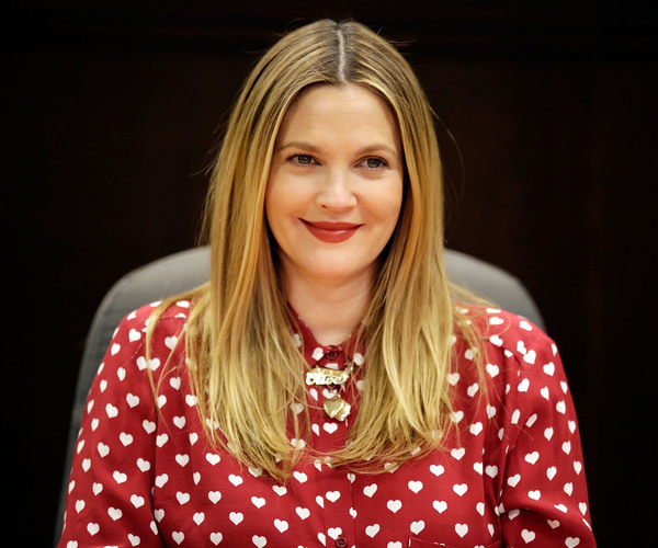 Drew Barrymore poses for photos at a signing of her new book at Barnes & Noble - LA, 14th January 2014