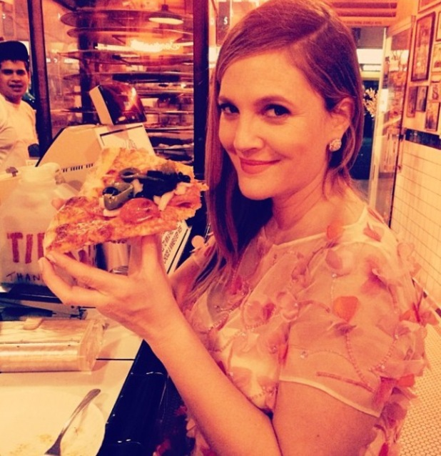 Drew Barrymore has pizza after the 71st annual Golden Globe Awards in LA - 12.1.2014
