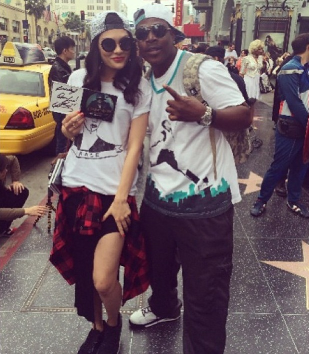 Jessie J hangs out with a local in Los Angeles, shortly after arriving in the States. (13 January).