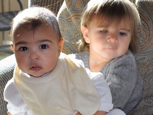 Kim Kardashian shares picture of daughter North with cousin Penelope Disick, 24 January 2014