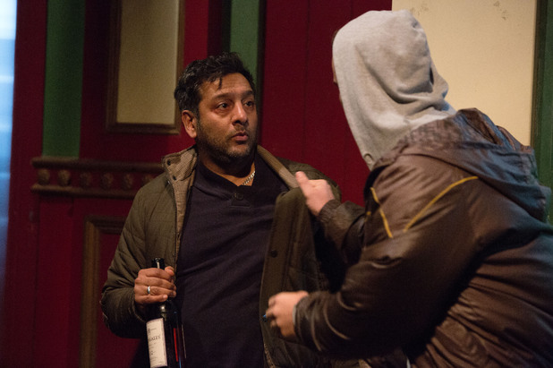EastEnders, Masood is mugged, Mon 3 Feb